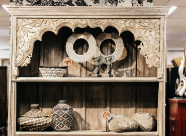 Rajasthan Carved Bookshelf | Shell Necklace | Bali Baskets