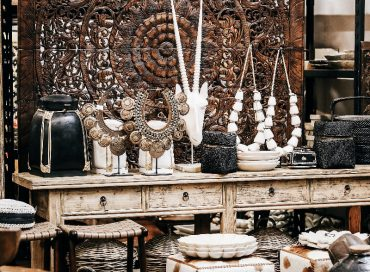 CONSOLE | CARVED PANEL | DECORATIVE PIECES