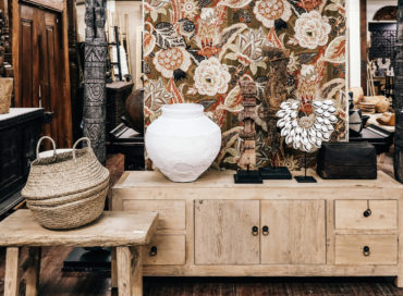 LOW CABINET | TERRACOTTA POT | SHELL NECKLACE
