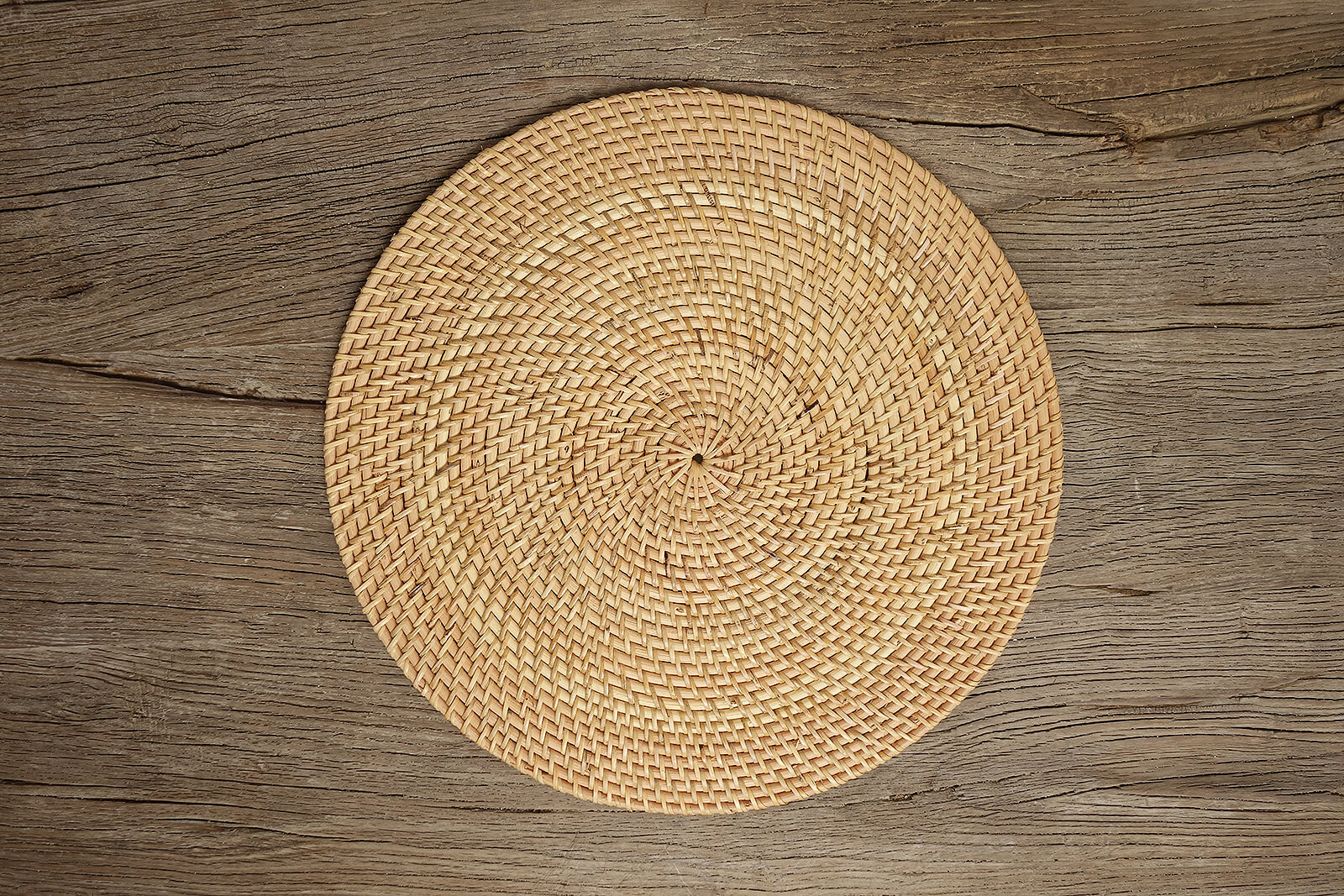 Rattan Round Placemat N