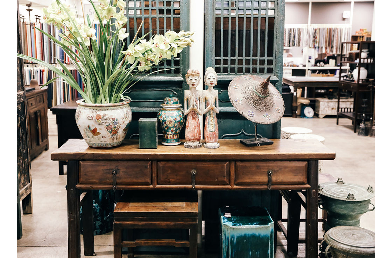 3 DRAWER TABLE | SCREEN | PLANTER | HAT