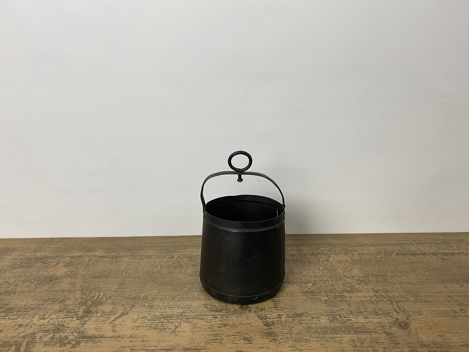Well Pot Bucket
