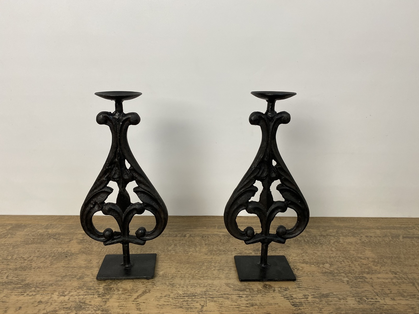 Cast Iron Candle Stand (S)